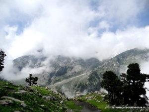 Himalayan Trek to Indrahaar Pass